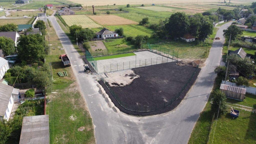 У Наливайківці будують футбольне поле для дітей
