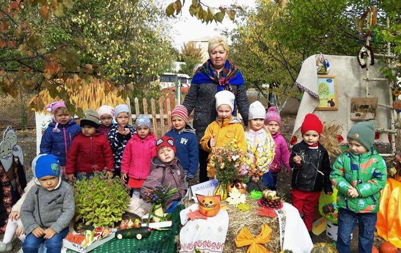Вадим Токар, Макарівський селищний голова, привітав зі святом вихователів