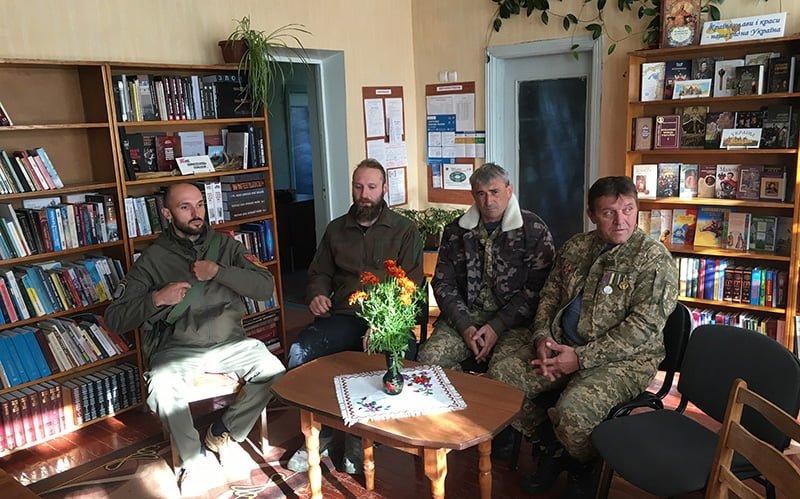 Урок мужності до Дня захисників і захисниць України у Маарові