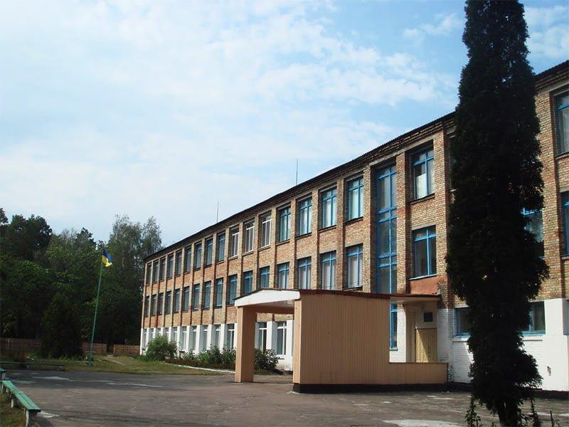 У Кодрянській школі замінили вікна